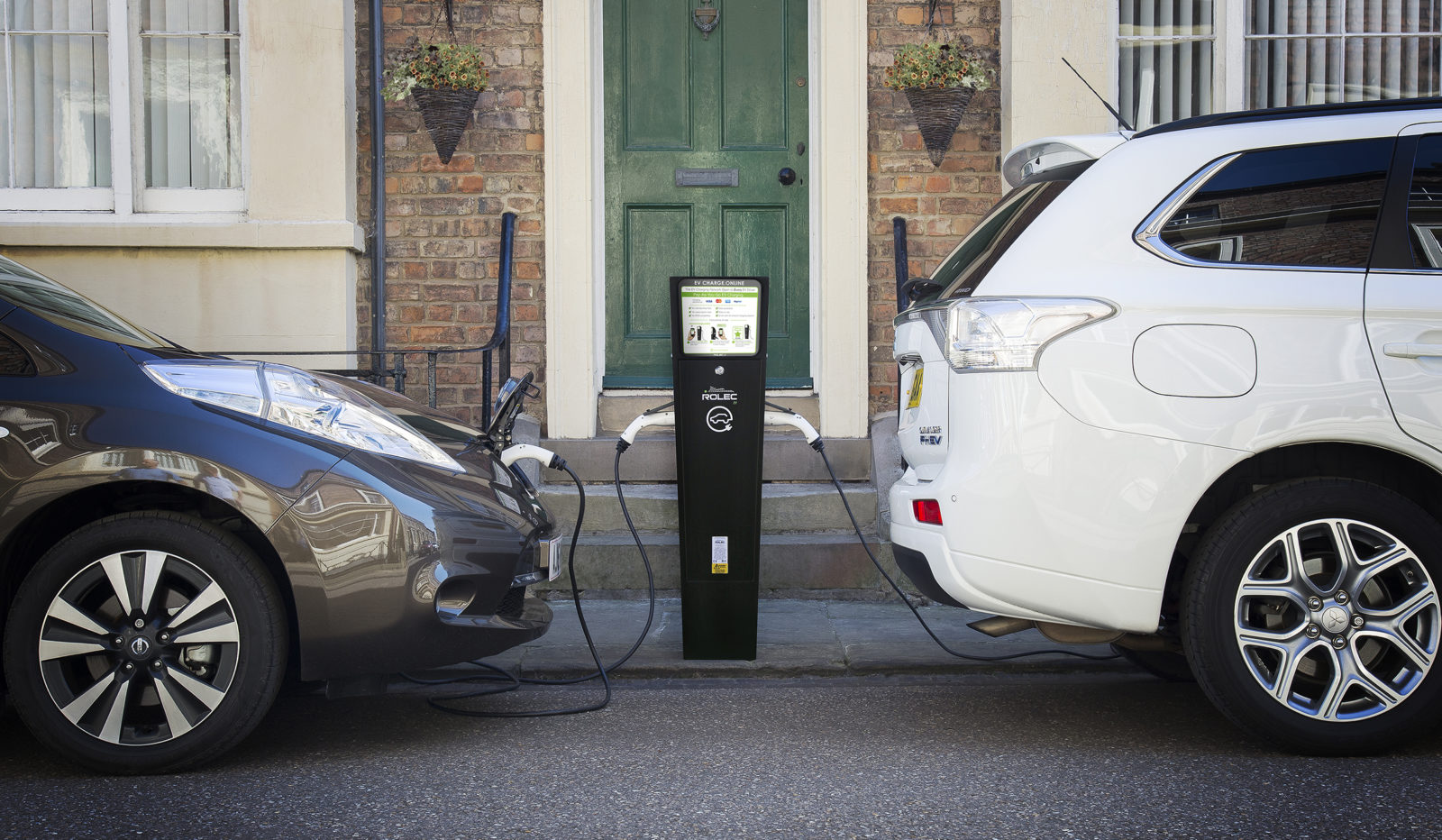 Pay As You Go Electric Vehicle Charging Point